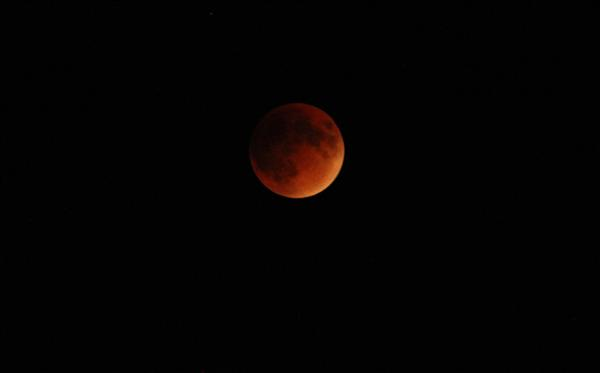 Image of Lunar Eclipse on 27Sept.2015 during totality at 9:45pm CST